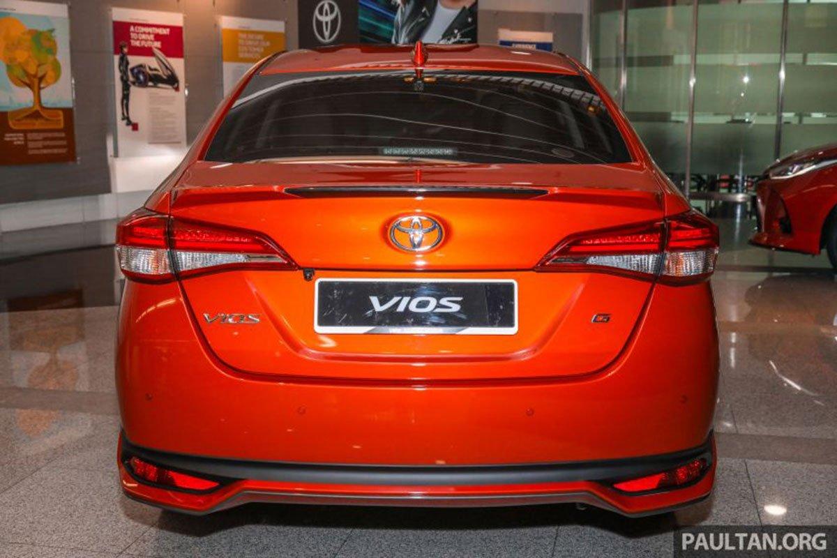 Thiết kế đuôi xe Toyota Vios 2021 1
