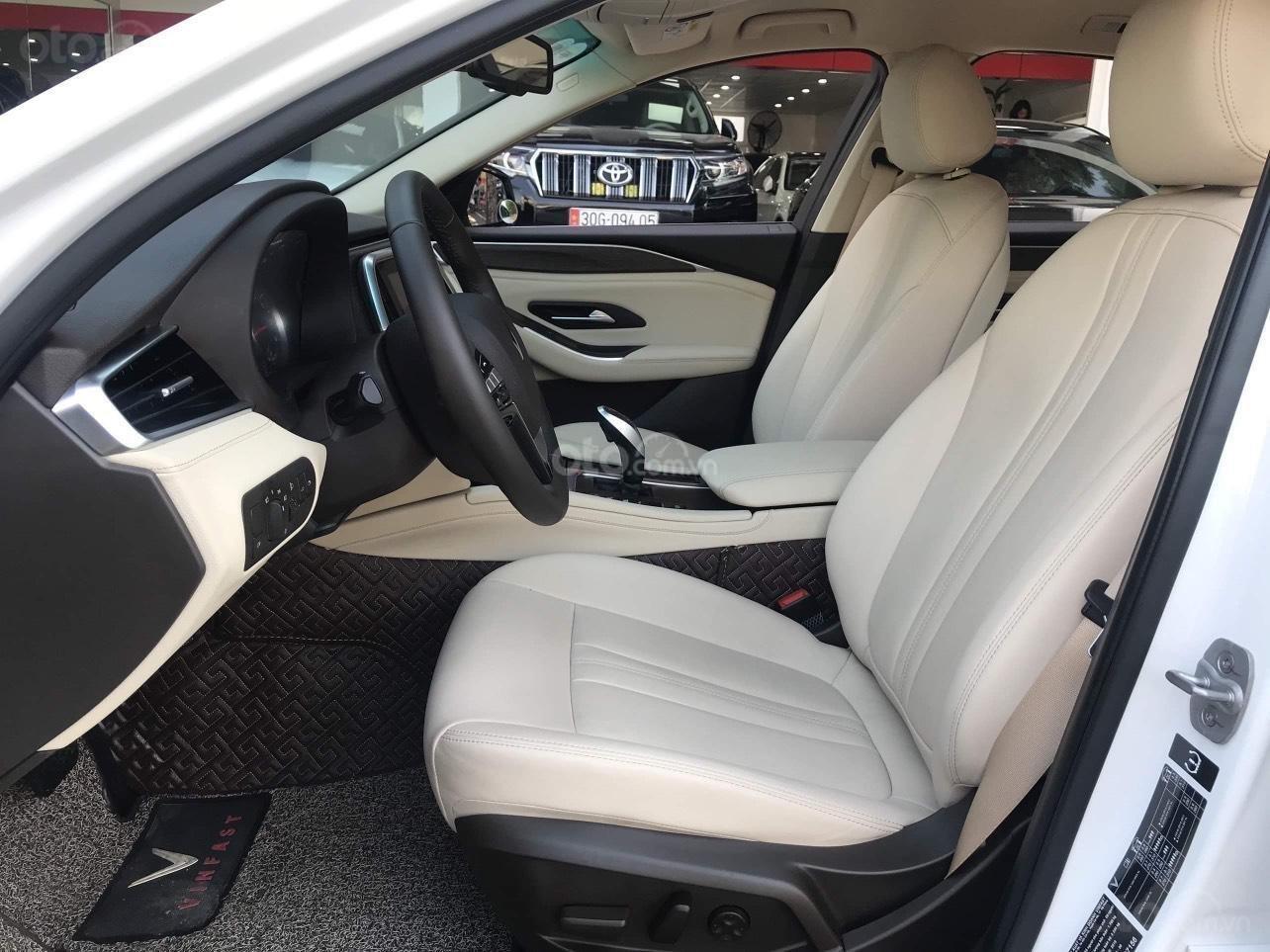 Bán Vinfast LUX A chỉ với 881 triệu nhận xe ngay, hỗ trợ 100% thuế trước bạ, trả góp 0% (6)