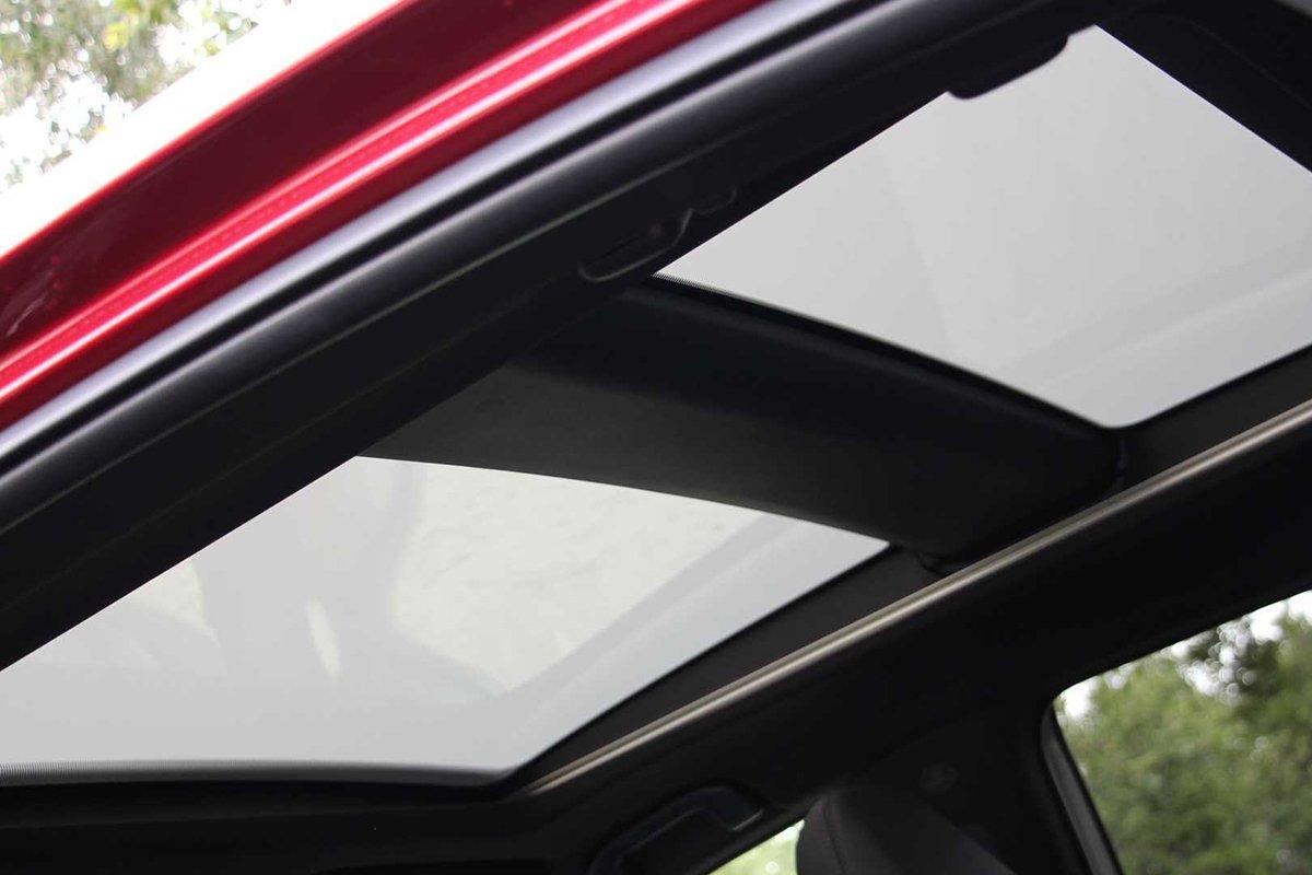Ảnh Cửa sổ trời xe Toyota Venza 2021