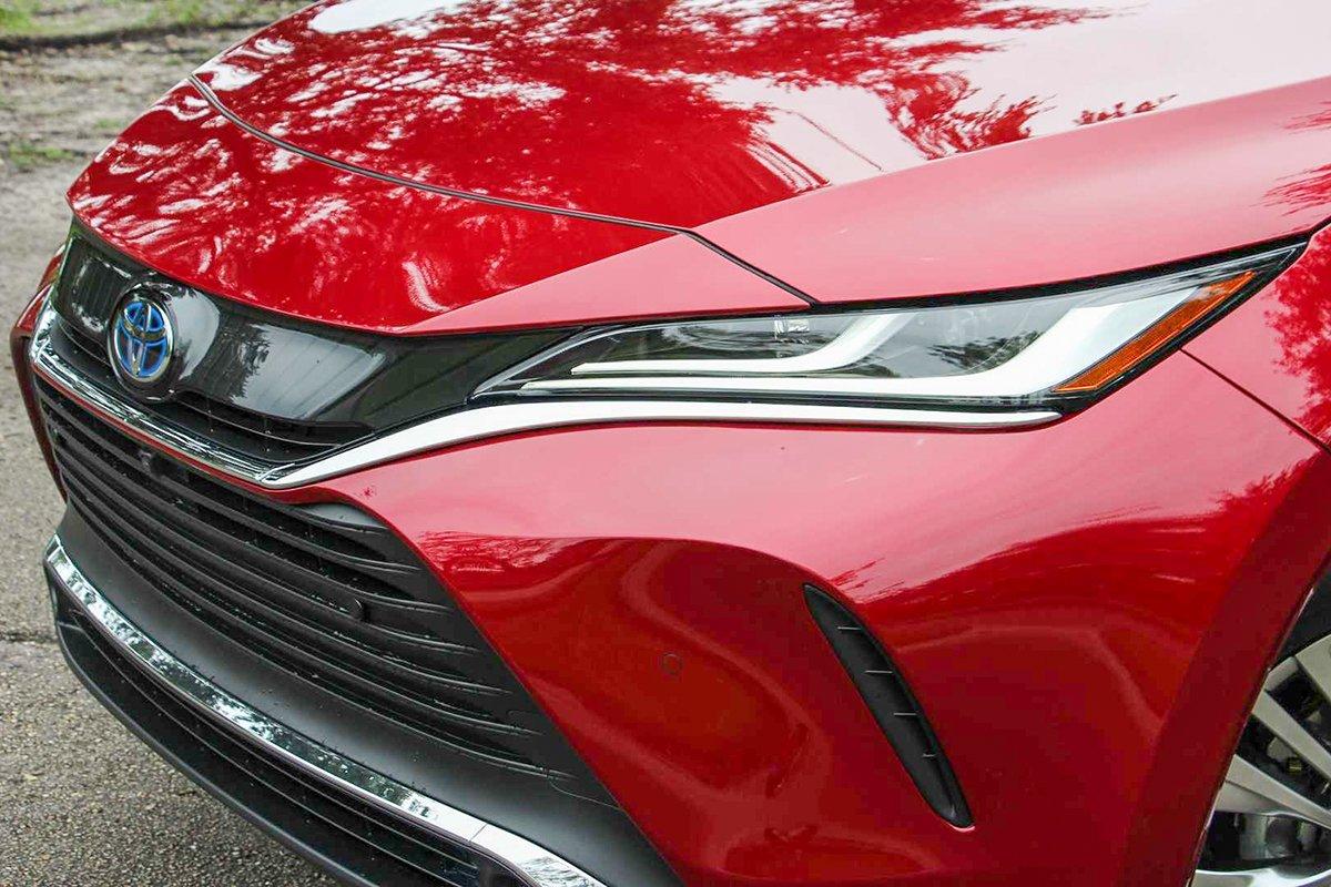 Ảnh Lưới tản nhiệt xe Toyota Venza 2021