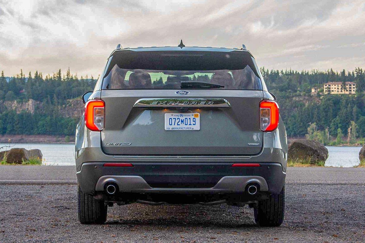 Ảnh Đuôi xe Ford Explorer 2021