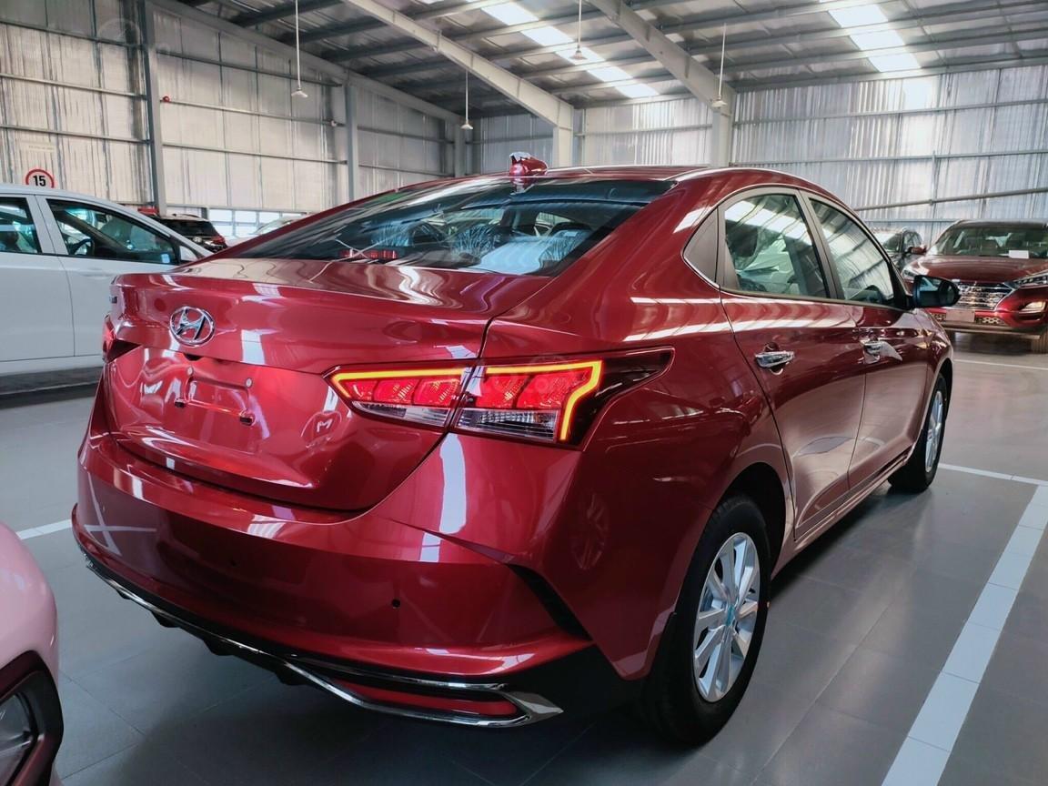 Hyundai Miền Nam: Bán Hyundai Accent năm 2021, xe đủ màu, trả góp lên đến 85% giá trị xe, mua xe giá tốt nhất (5)