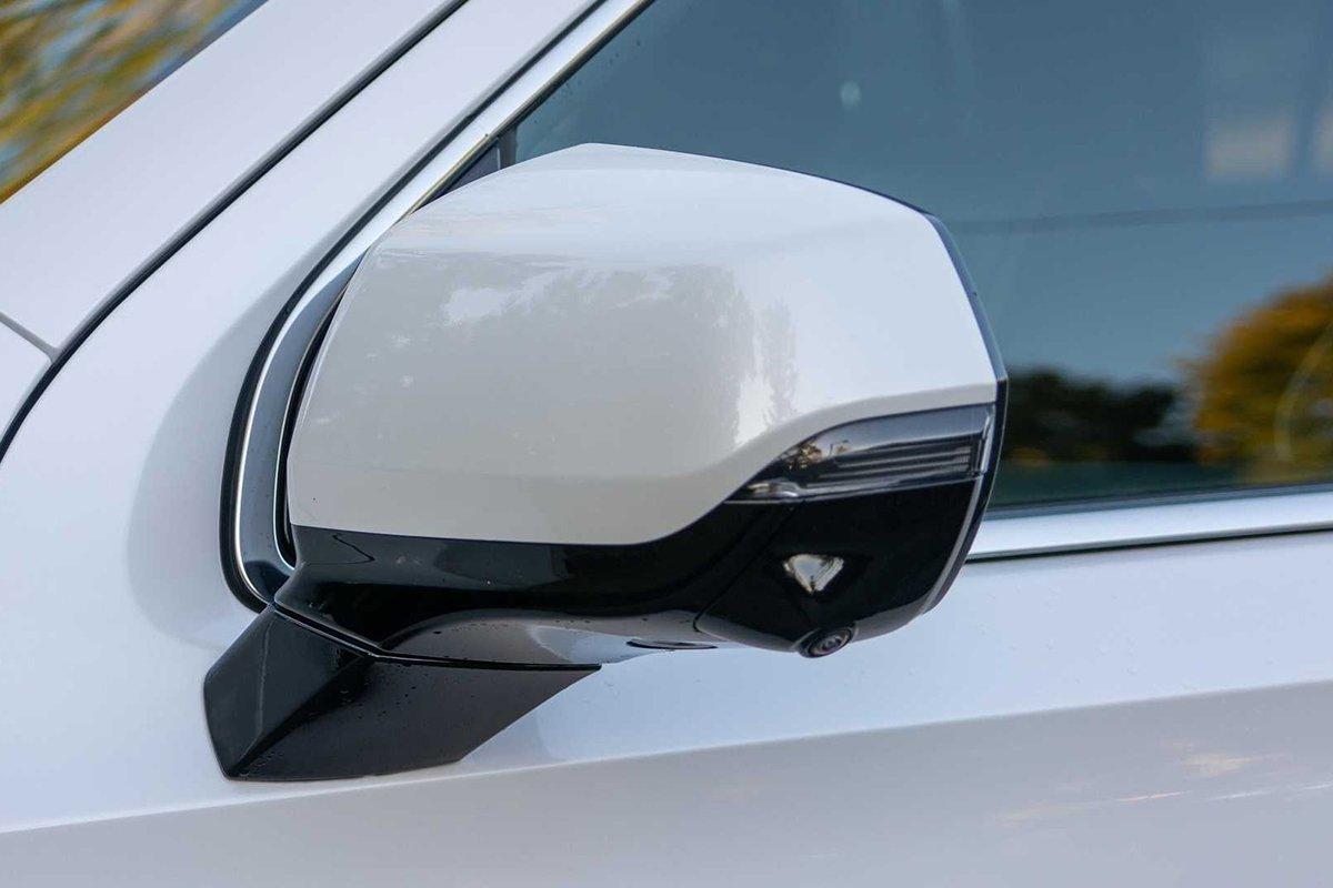 Ảnh Gương xe Cadillac Escalade 2021