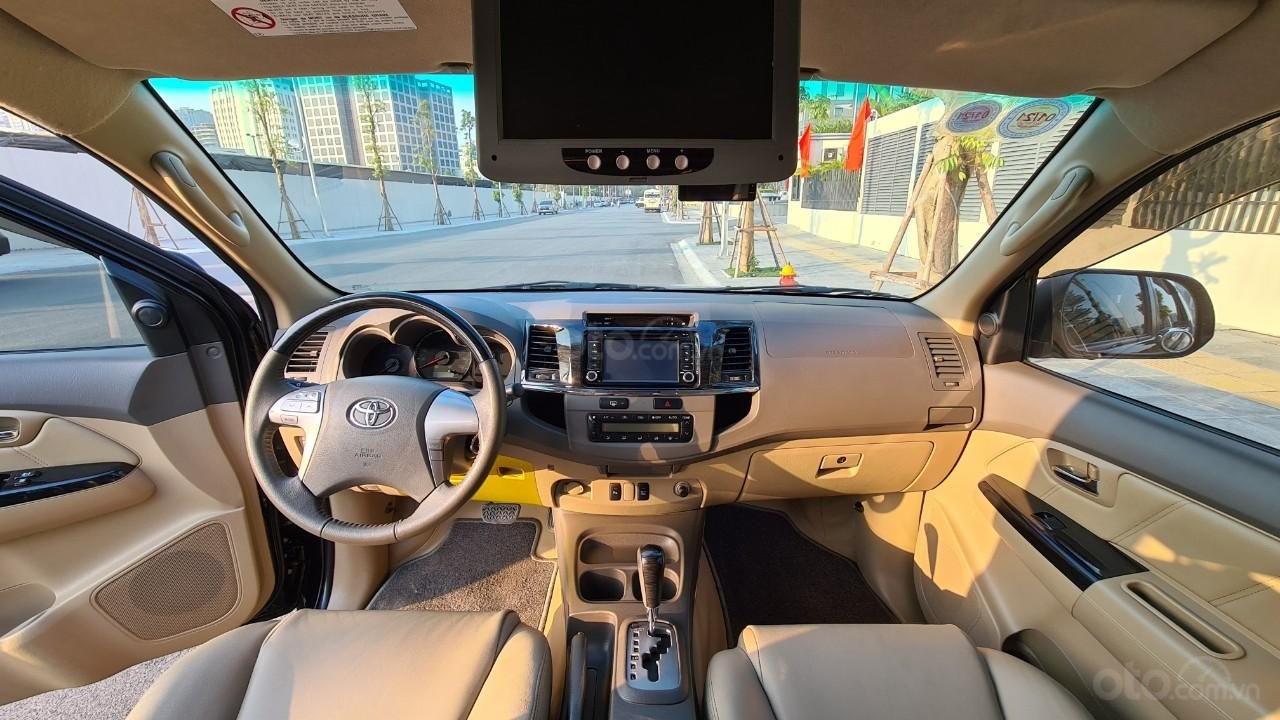 Bán nhanh chiếc Toyota Fortuner 2013 AT (8)