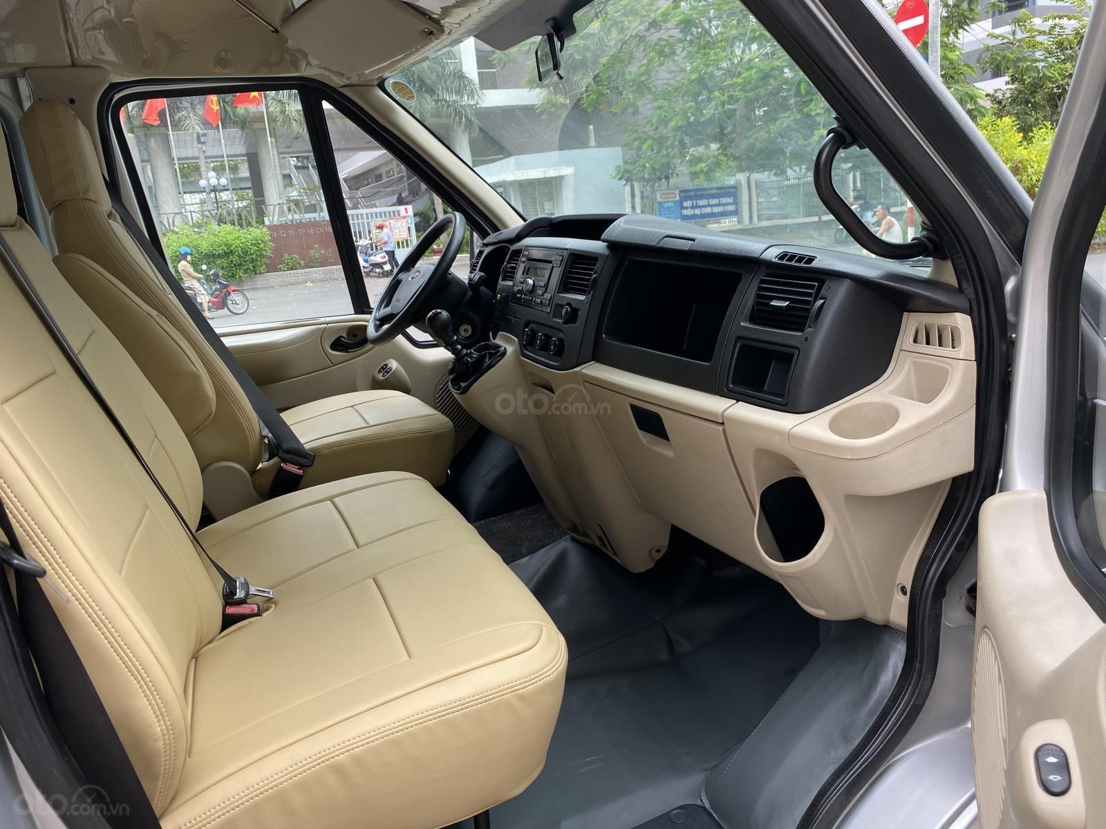 Cần bán Ford Transit van 6 chỗ ngồi 850kg sx 2015, gầm bệ chắc, xe đẹp được sử dụng lưu hành trong giờ cấm (9)