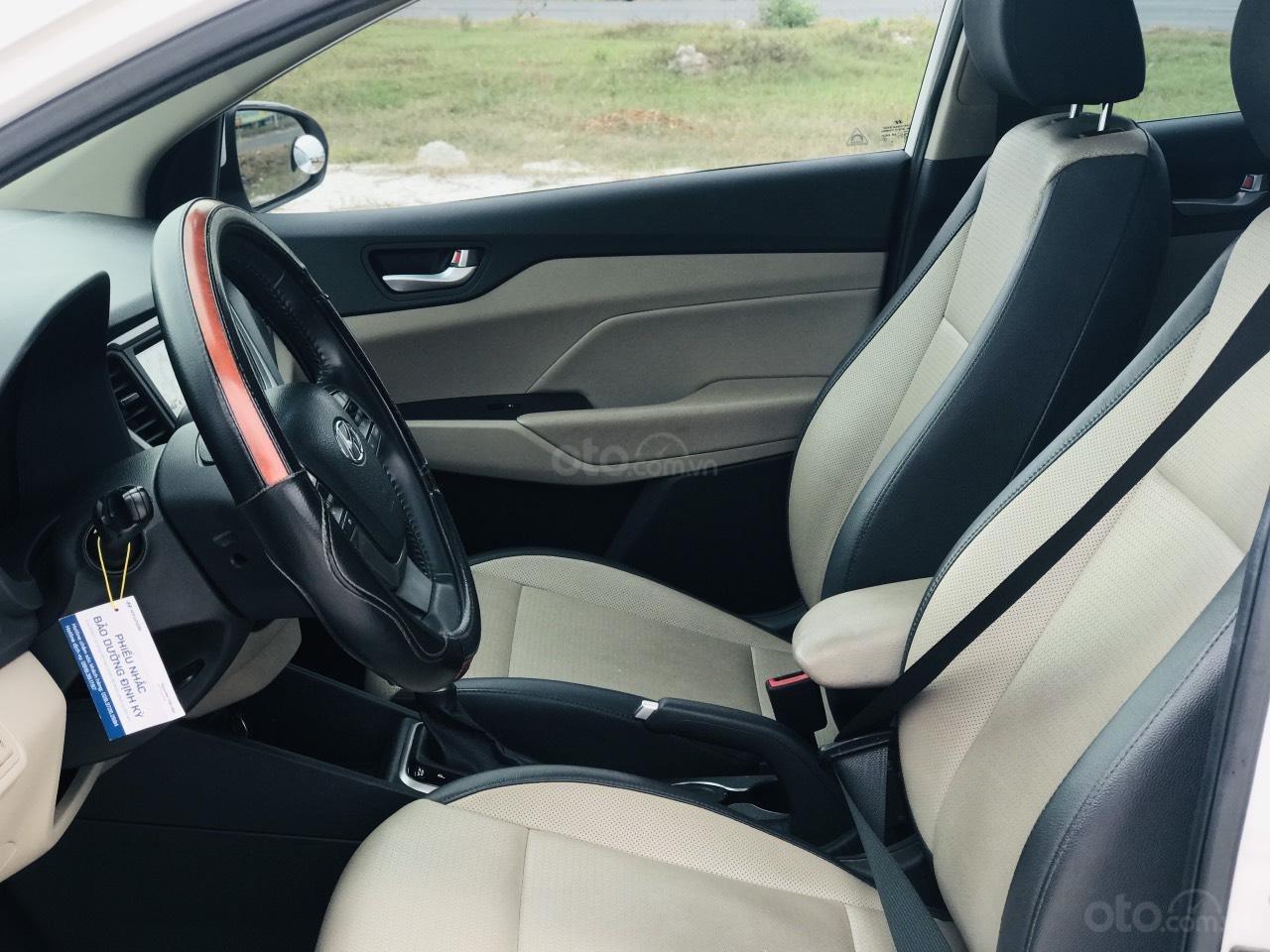 Mới về Hyundai Accent sản xuất 2018 1.4ATH bản đặc biệt (6)