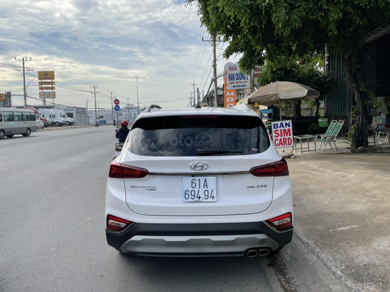 Mới về Hyundai Santa Fe sản xuất 2019 bản 2.2L (6)