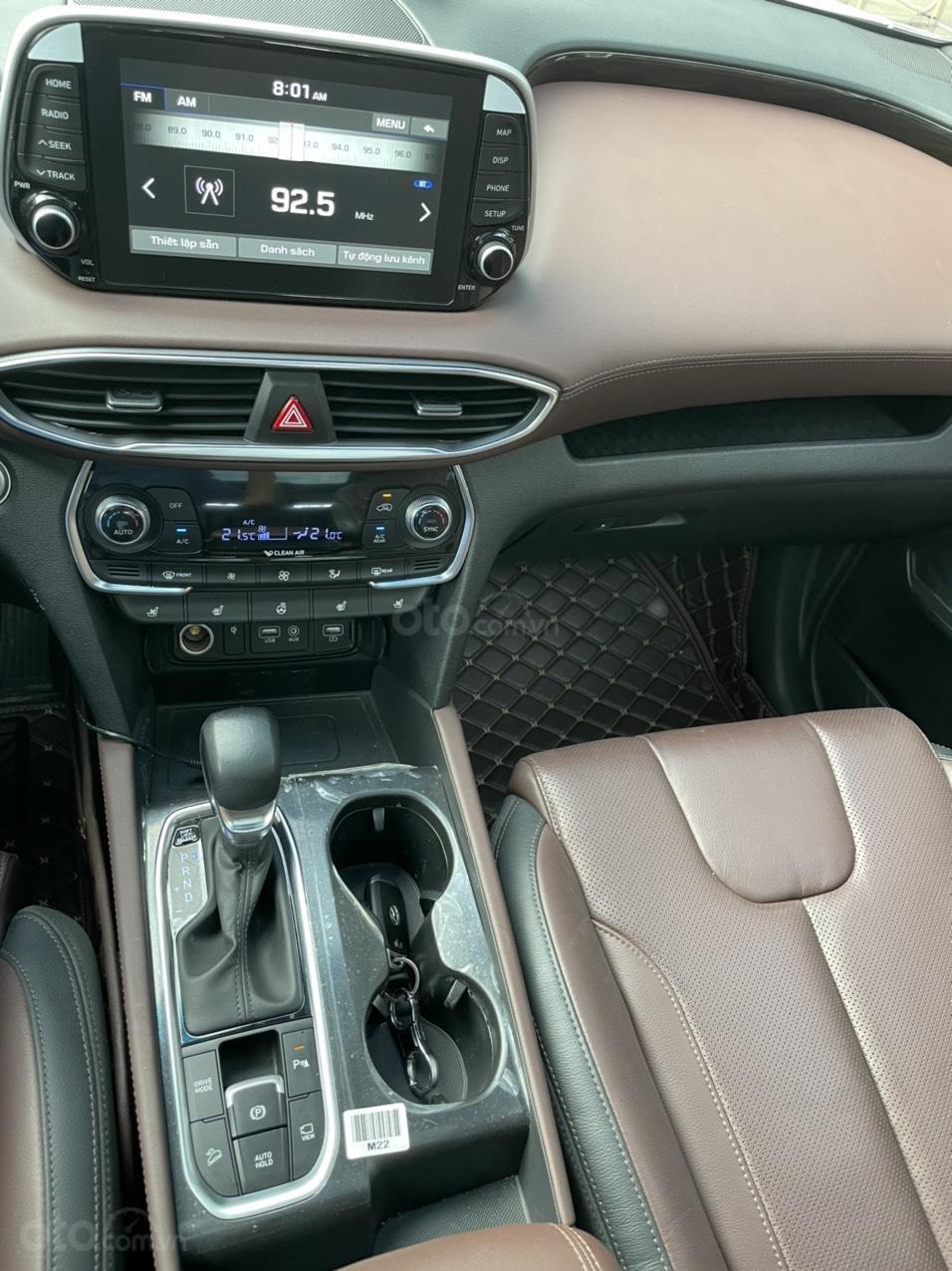 Mới về Hyundai Santa Fe sản xuất 2019 bản 2.2L (10)