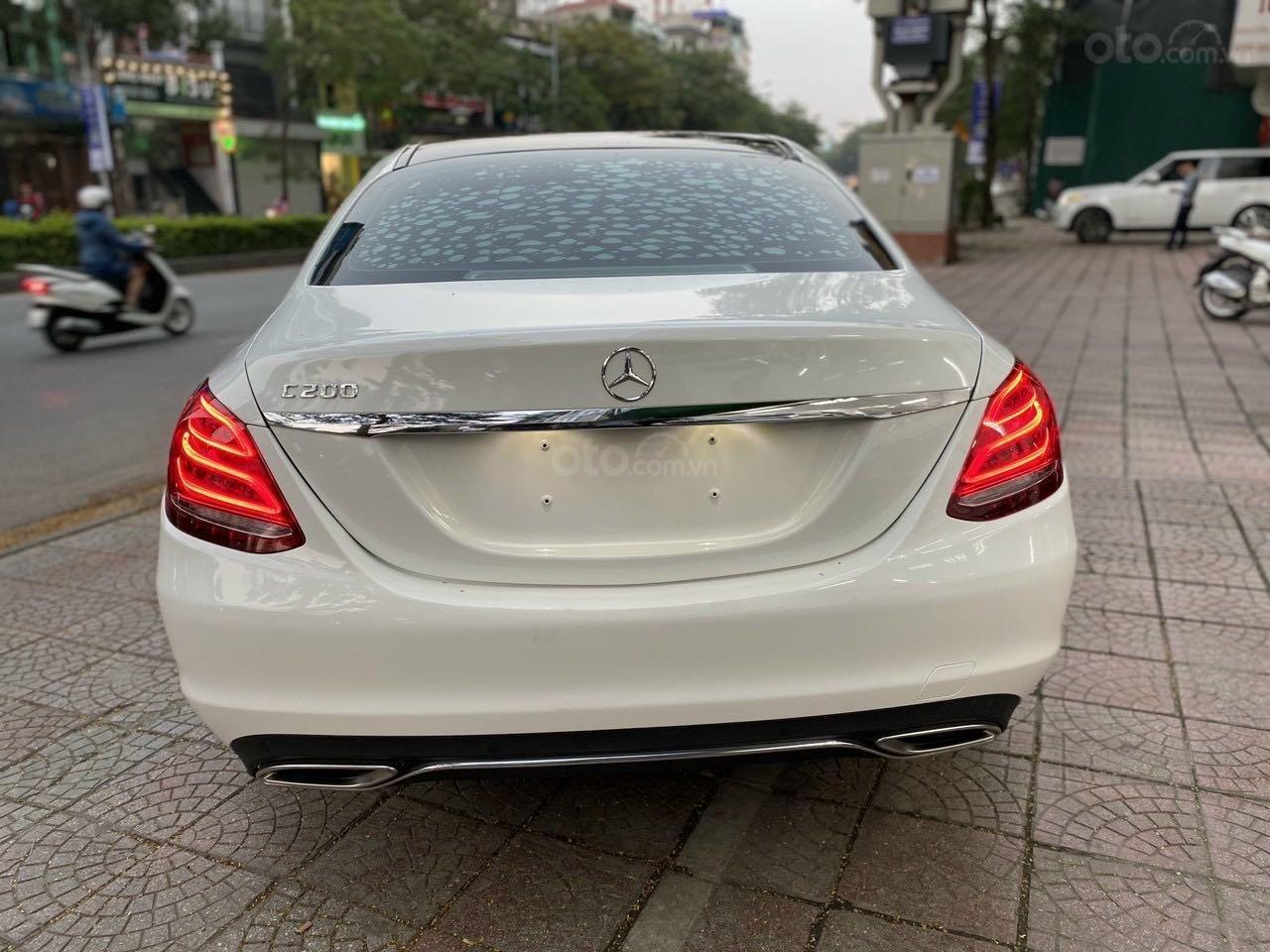 Bán xe Mercedes-Benz C class năm 2016, màu trắng, xe gia đình, giá tốt 1 tỷ 120 triệu đồng (1)