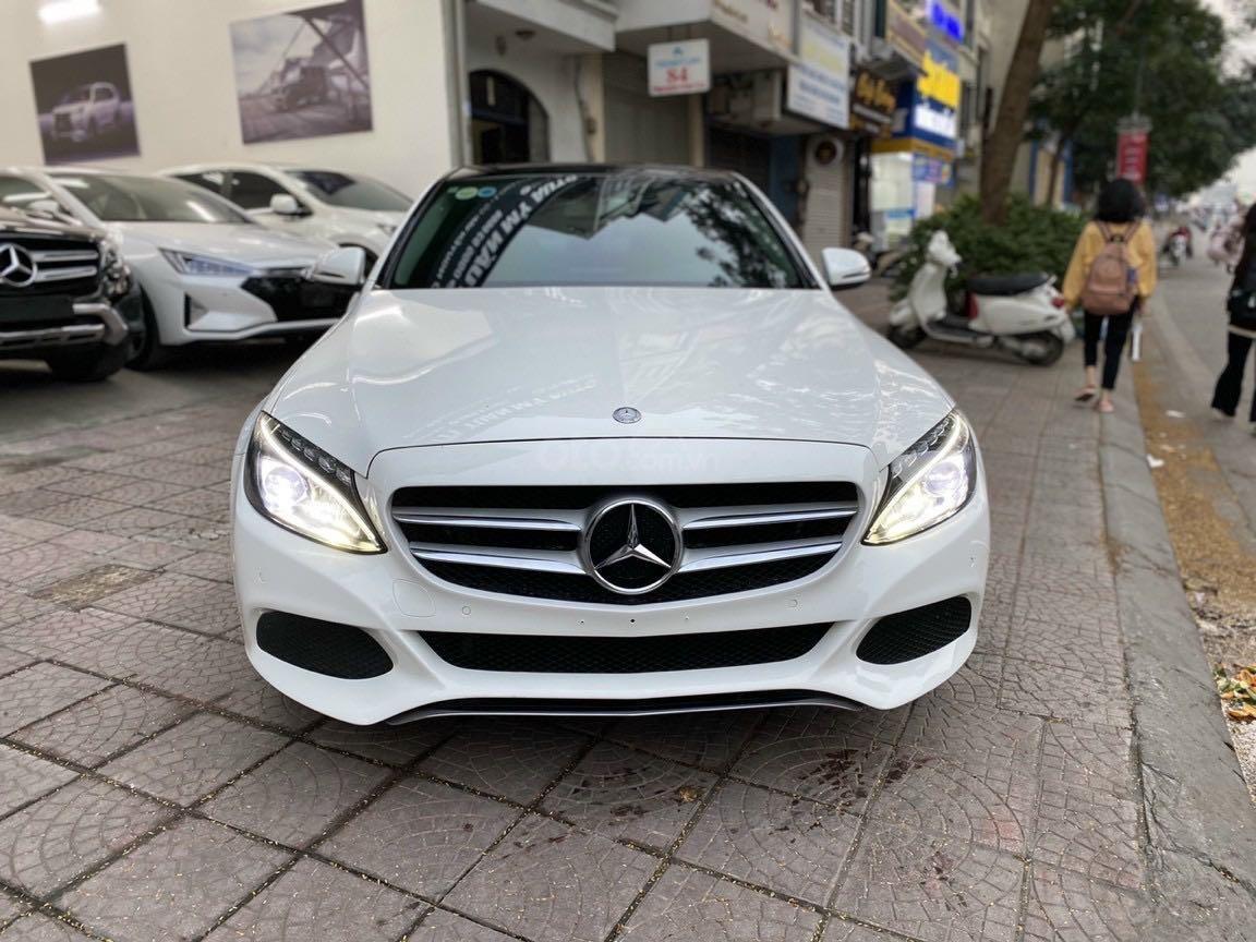 Bán xe Mercedes-Benz C class năm 2016, màu trắng, xe gia đình, giá tốt 1 tỷ 120 triệu đồng (6)