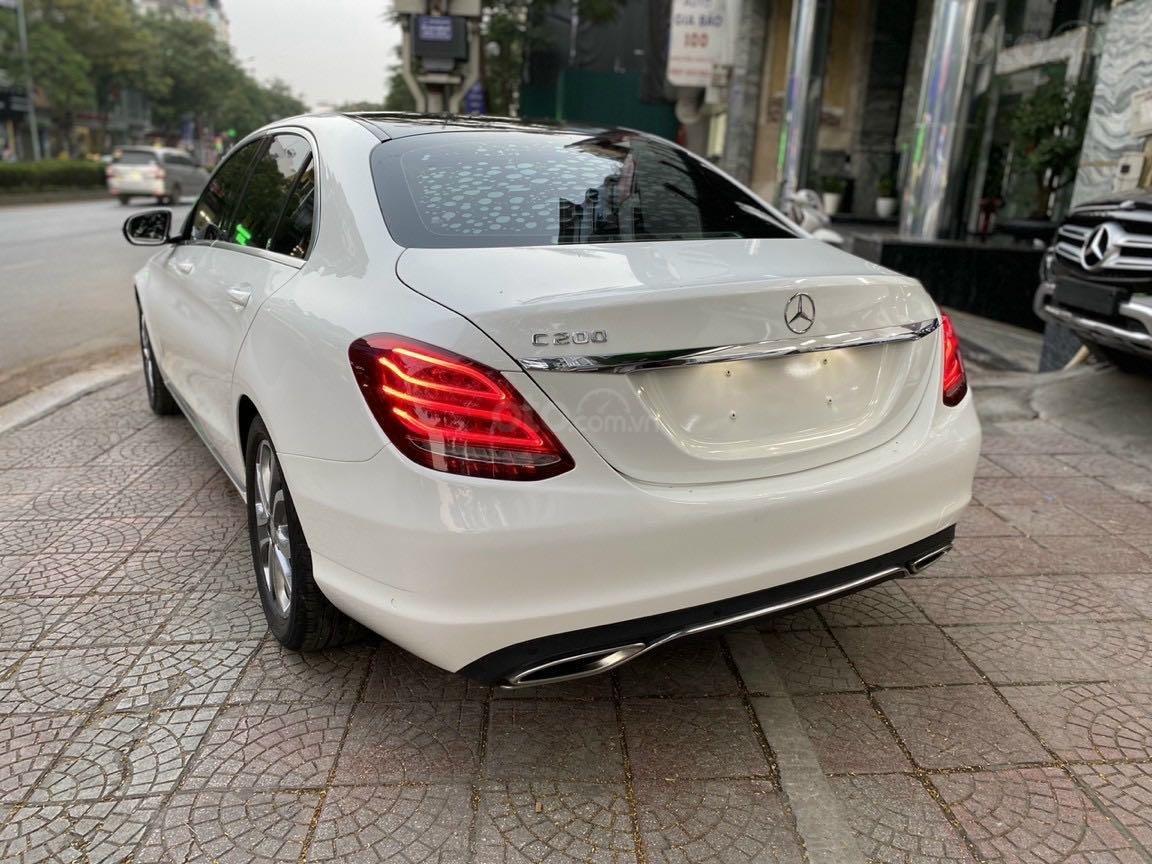 Bán xe Mercedes-Benz C class năm 2016, màu trắng, xe gia đình, giá tốt 1 tỷ 120 triệu đồng (2)