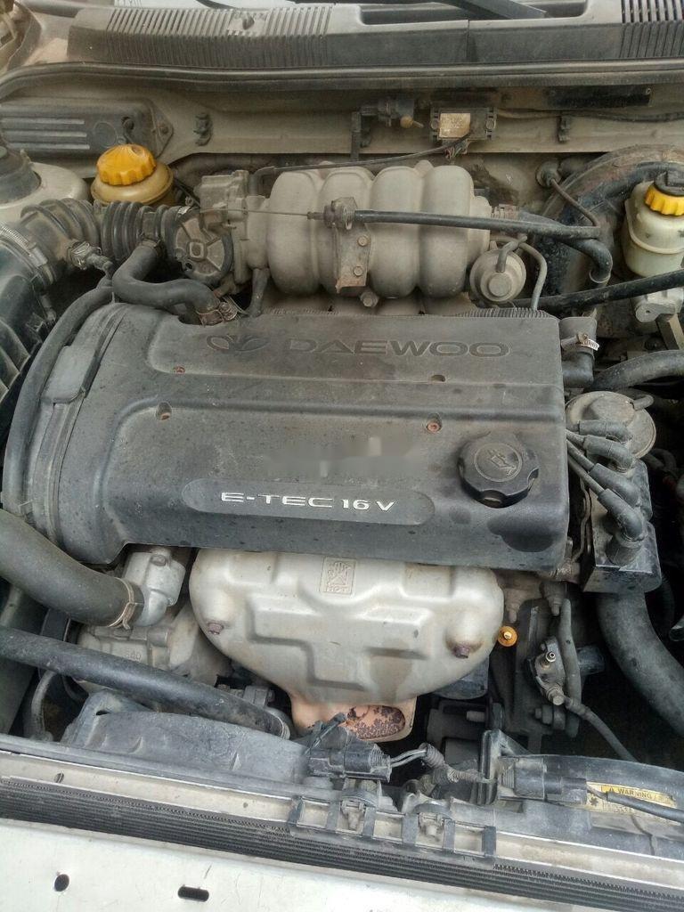 Cần bán lại xe Daewoo Nubira sản xuất 2002, màu bạc, nhập khẩu  (12)