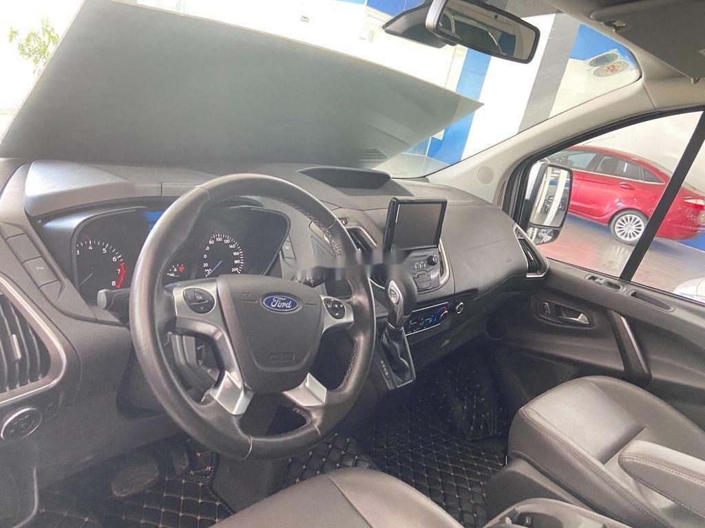 Cần bán xe Ford Tourneo năm 2019 còn mới (7)