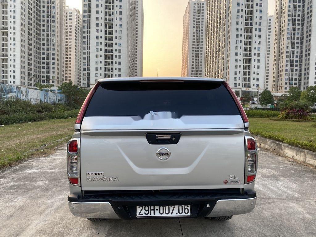 Bán Nissan Navara đời 2015, màu bạc, nhập khẩu nguyên chiếc, giá chỉ 480 triệu (6)