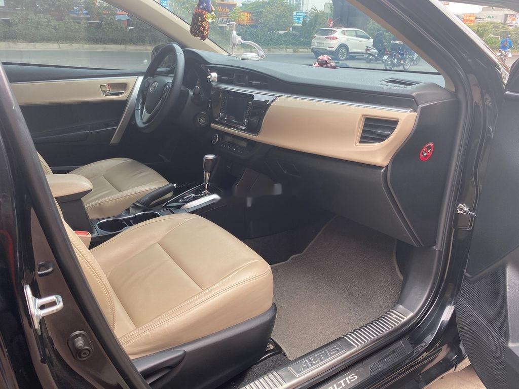 Bán Toyota Corolla Altis sản xuất năm 2016 như mới (11)