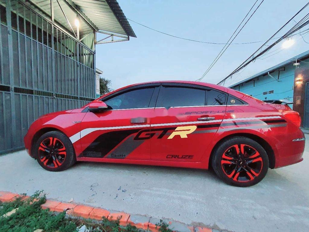 Cần bán gấp Chevrolet Cruze năm 2017, màu đỏ, giá chỉ 450 triệu (1)
