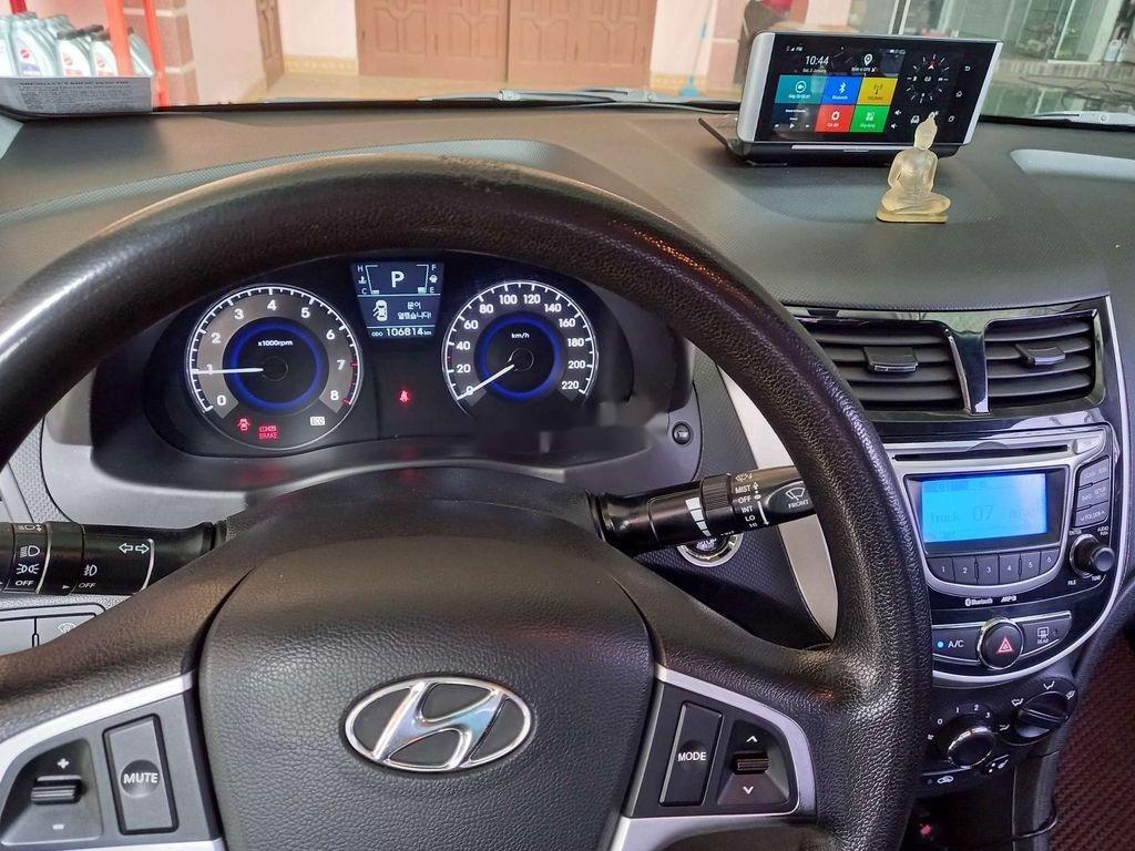 Bán xe Hyundai Accent sản xuất 2011, xe nhập còn mới (3)