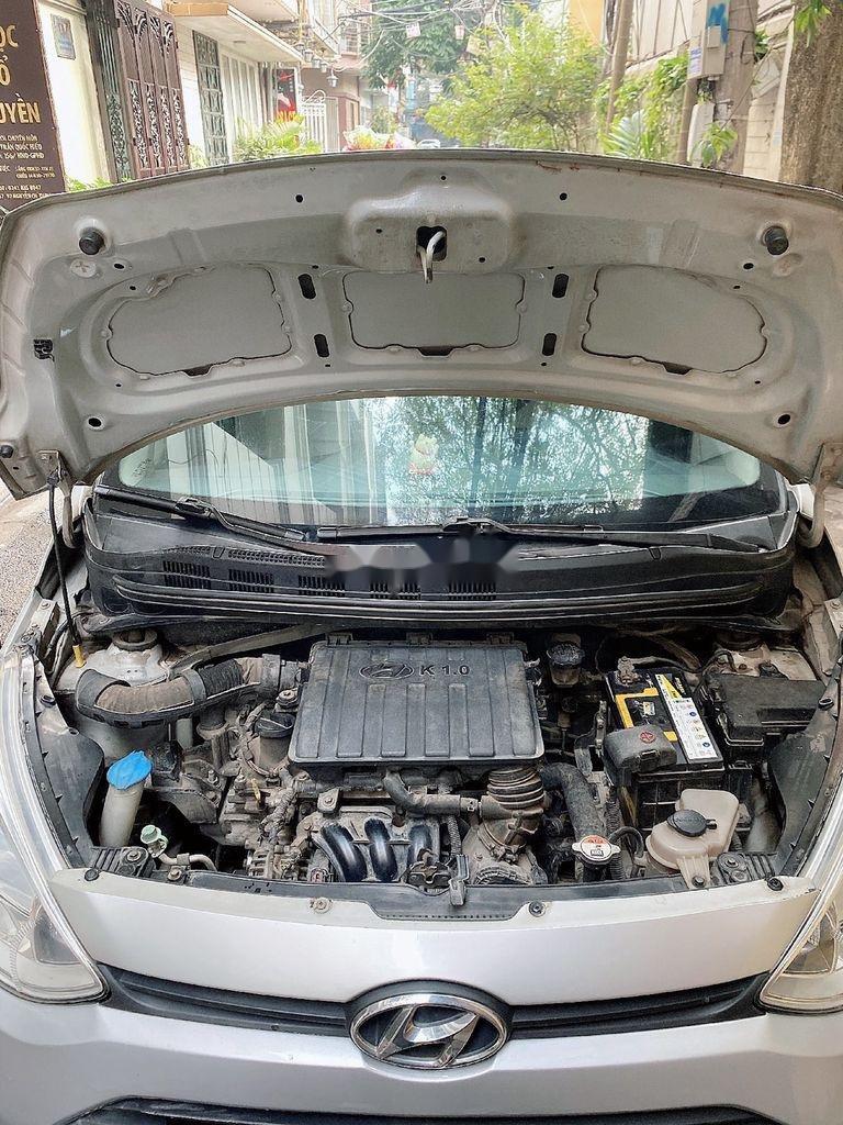 Bán ô tô Hyundai Grand i10 sản xuất năm 2014, màu bạc, giá chỉ 210 triệu (5)