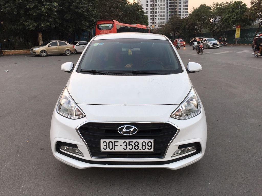 Cần bán gấp Hyundai Grand i10 sản xuất năm 2018, màu trắng  (4)