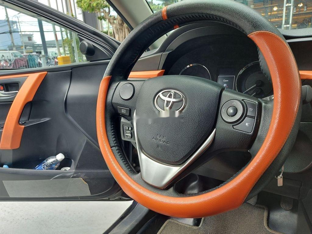 Cần bán Toyota Corolla Altis 1.8G sản xuất năm 2017 (9)