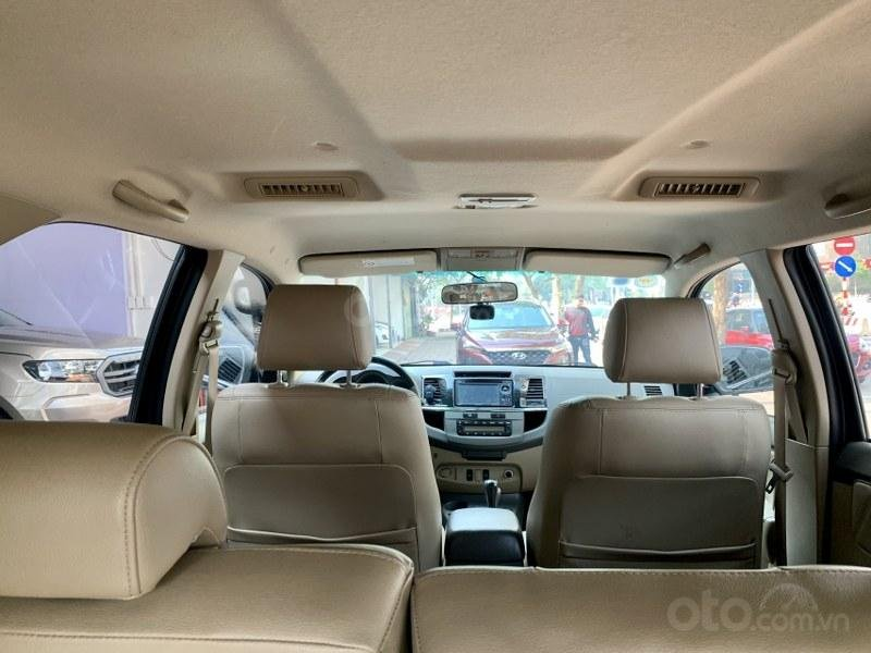 Bán gấp chiếc Toyota Fortuner 2.7V 4x4 2013 (5)