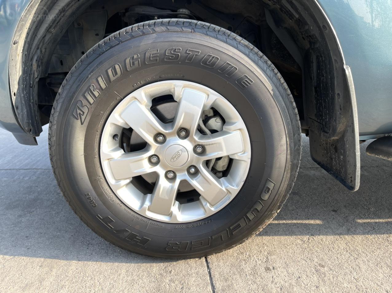 Bán Ford Ranger XLS đời 2014 bản 1 cầu số sàn 2.2, xe nhập khẩu (7)