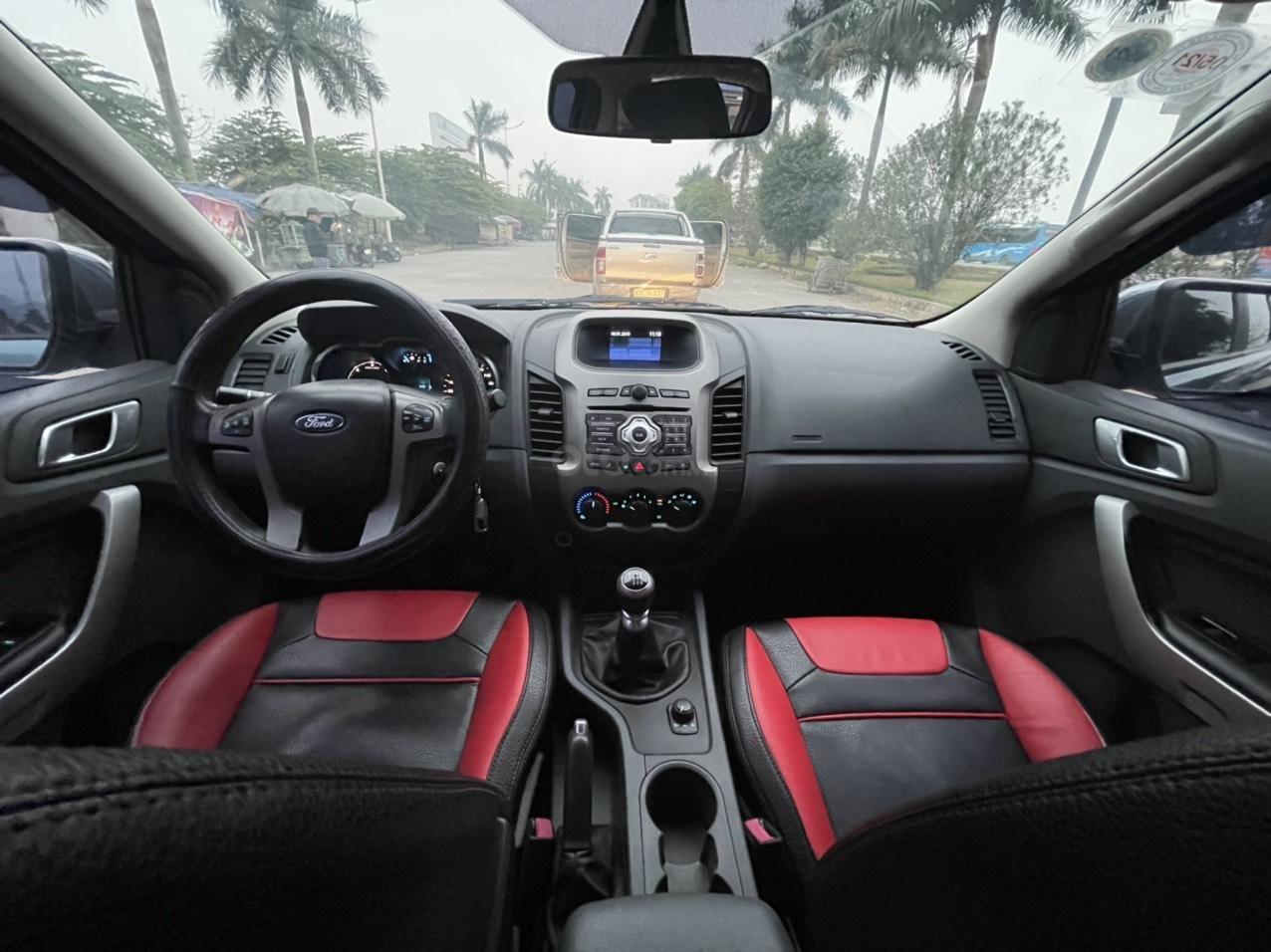 Ford Ranger XLT số sàn 2 cầu sx 2014, giá 456tr (5)