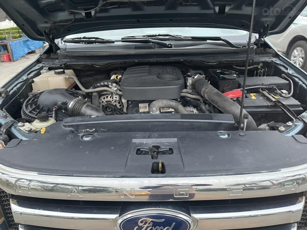 Ford Ranger XLT số sàn 2 cầu sx 2014, giá 456tr (11)