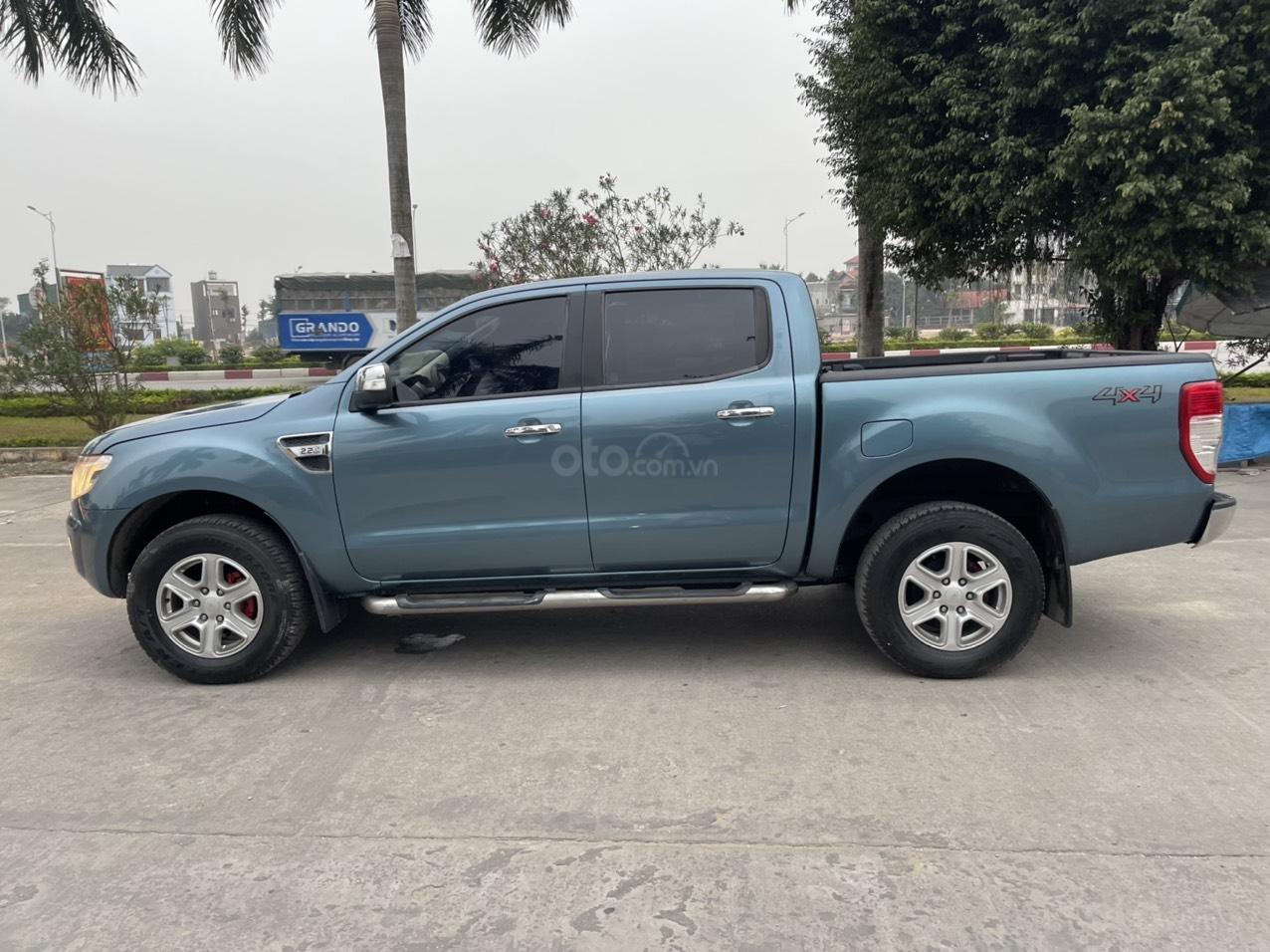 Ford Ranger XLT số sàn 2 cầu sx 2014, giá 456tr (4)