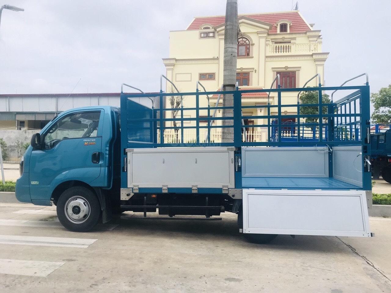 Xe tải Kia 2.49 tấn Thaco Kia K250 thùng mui bạt 5 bửng mới, trả góp 75% (2)