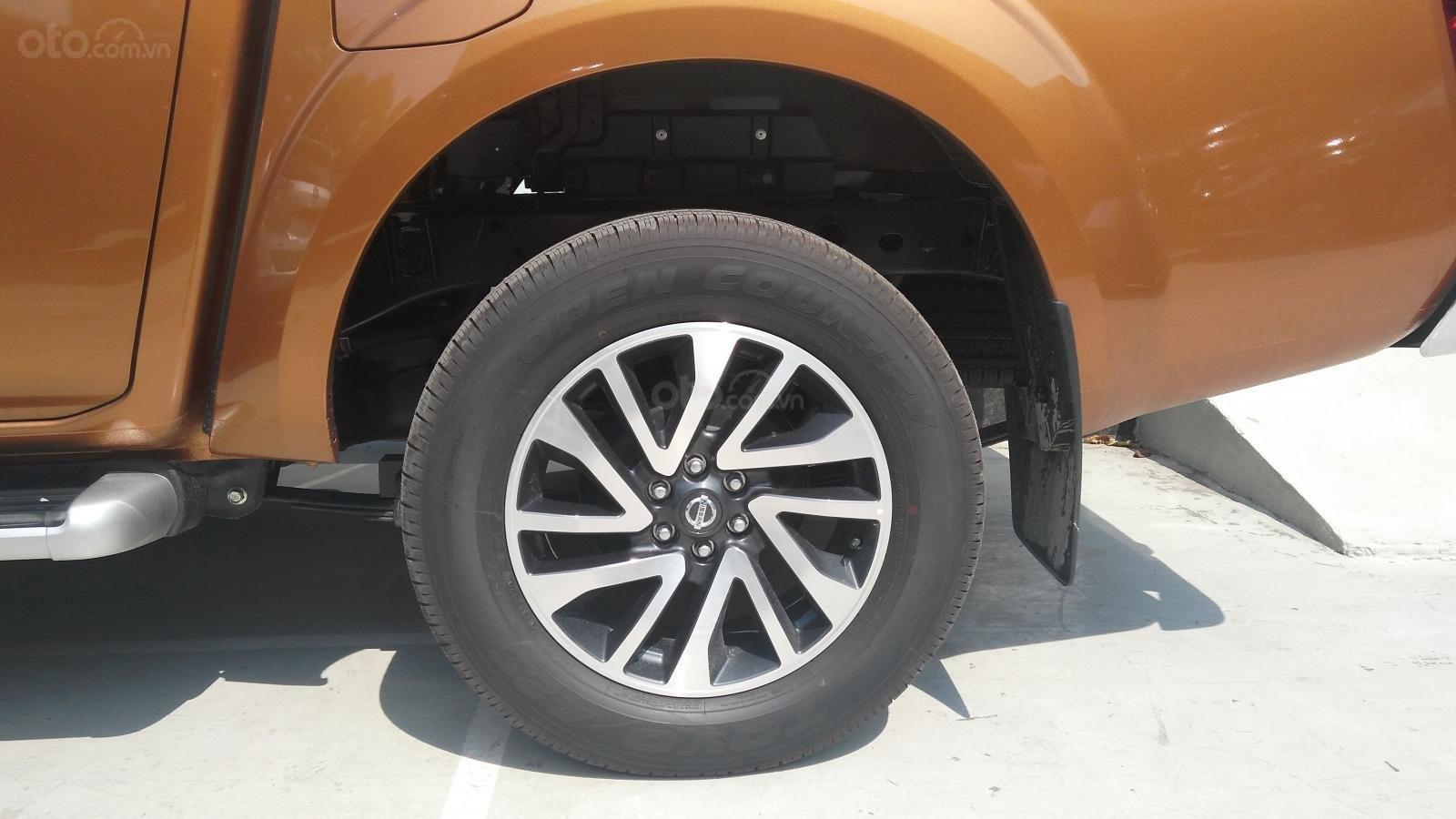 Xe Thái Lan - Nissan Navara 2021 A-IVI, tặng bảo hành 5 năm + film cách nhiệt chính hãng theo xe (6)