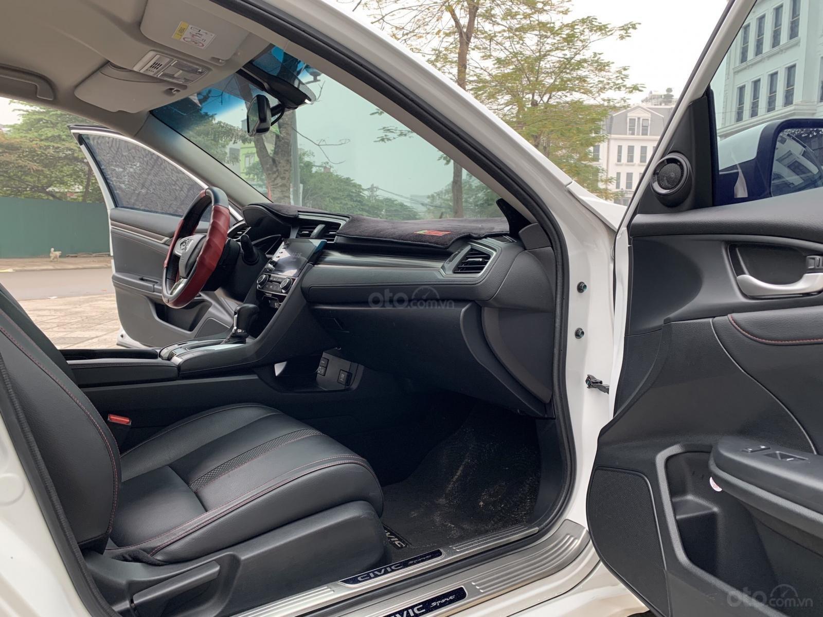 Bán nhanh Civic 2019 RS Turbo 2019 xe đẹp như mới (6)