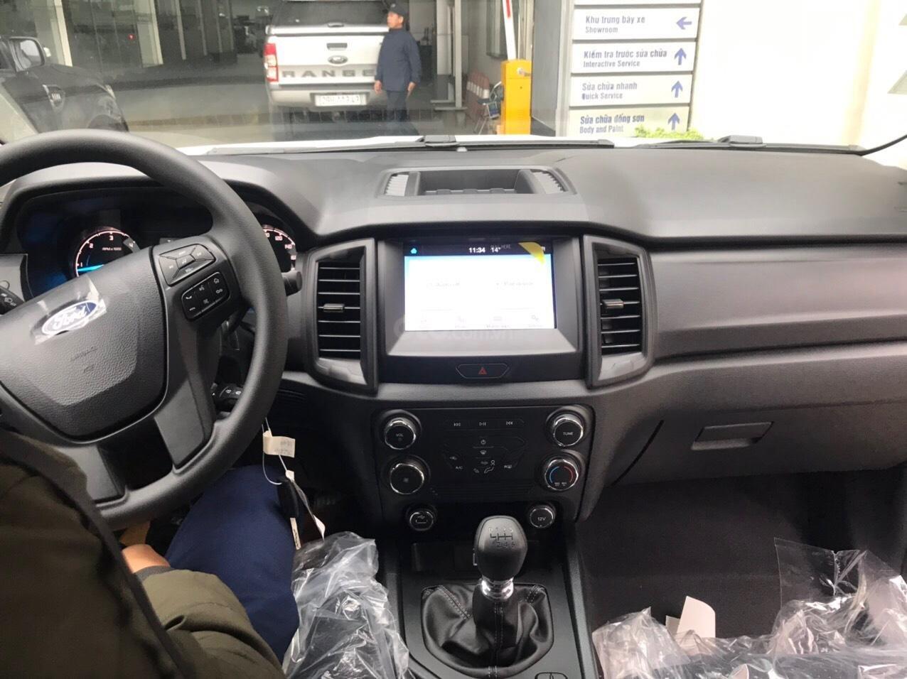 Ranger XLS AT giá tốt nhất thị trường miền Bắc, giao xe trước tết (3)