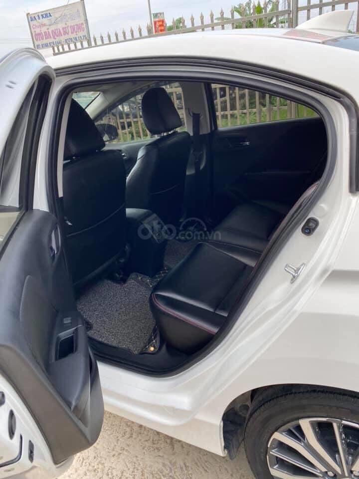 Bán xe Honda City AT đăng ký 2018, màu trắng giá tốt (5)