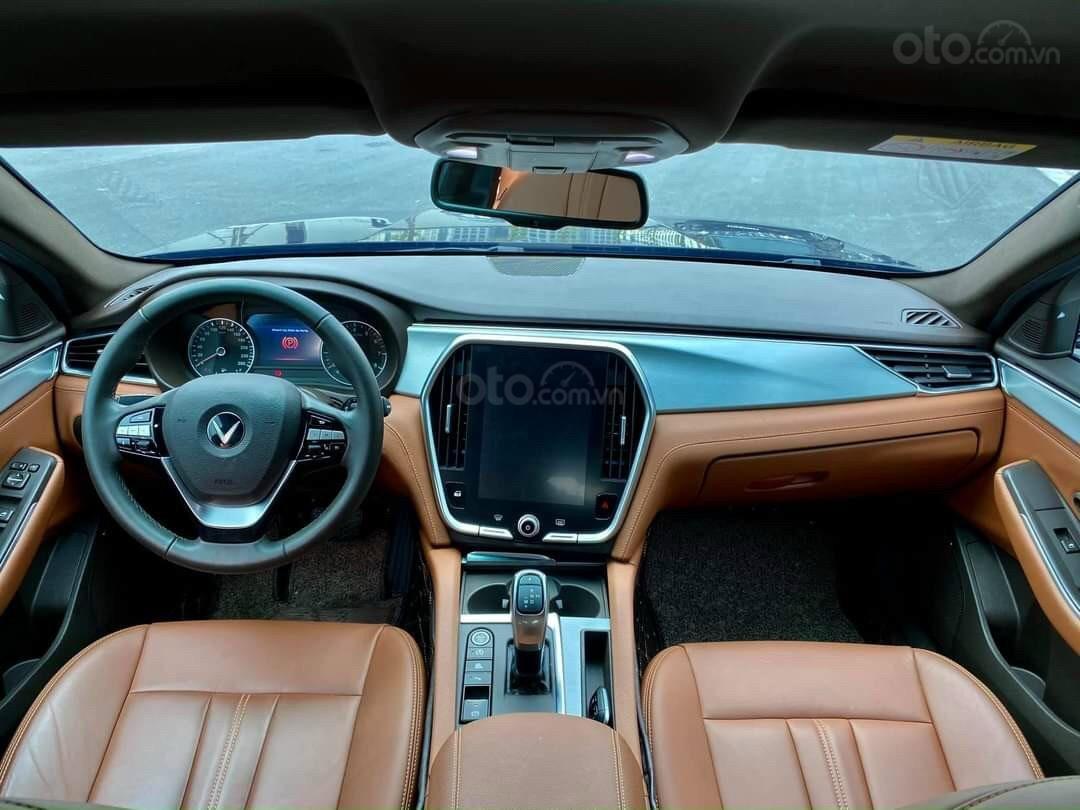 VinFast LUX A2.0 giá ưu đãi tại Miền Nam, xe giao ngay, đủ màu (7)