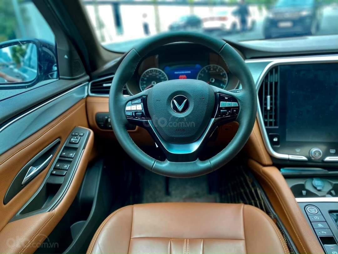 VinFast LUX A2.0 giá ưu đãi tại Miền Nam, xe giao ngay, đủ màu (10)
