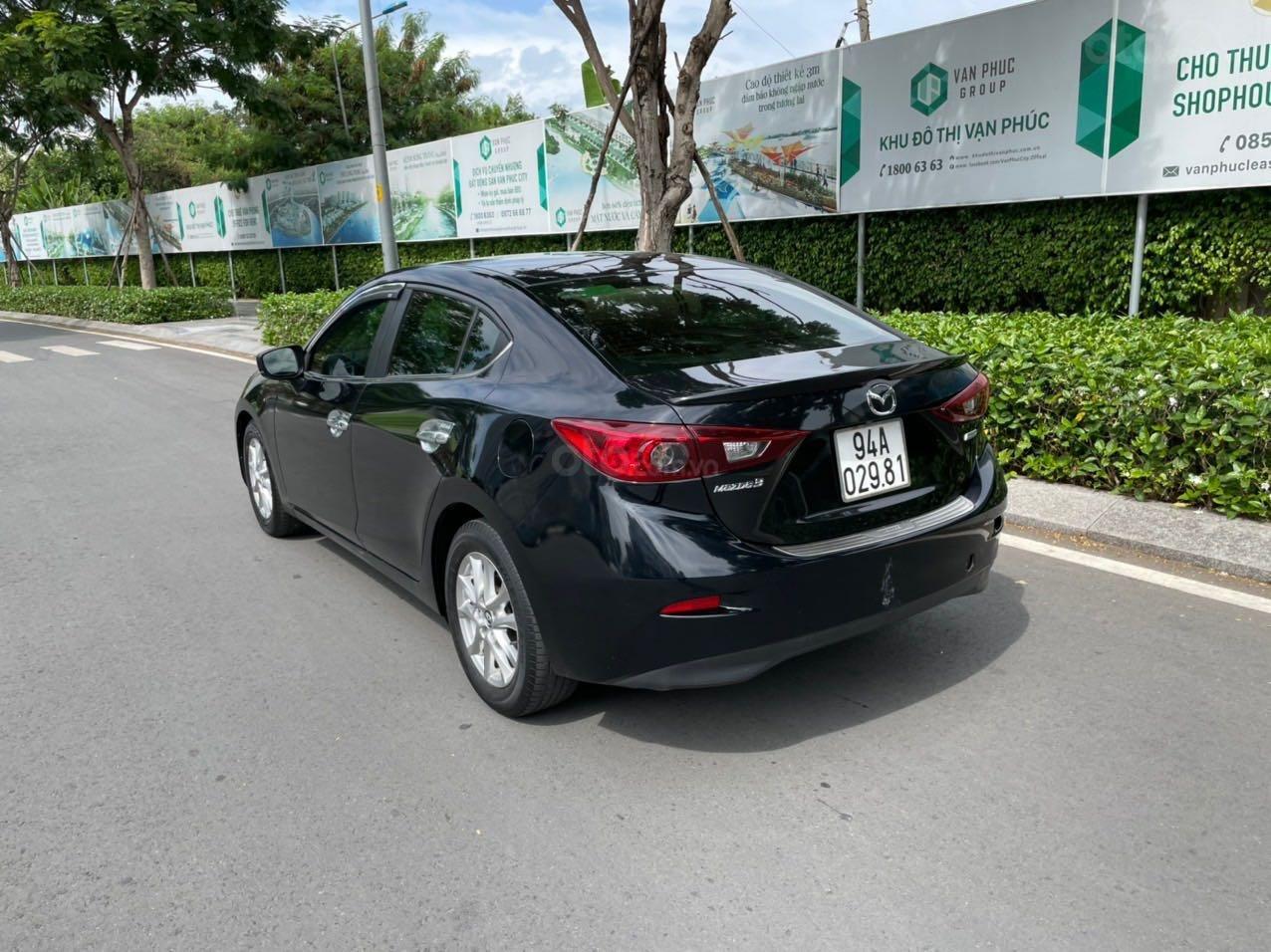Cần bán xe Mazda 3 sản xuất 2018, màu đen xe gia đình giá chỉ 599 triệu đồng (5)