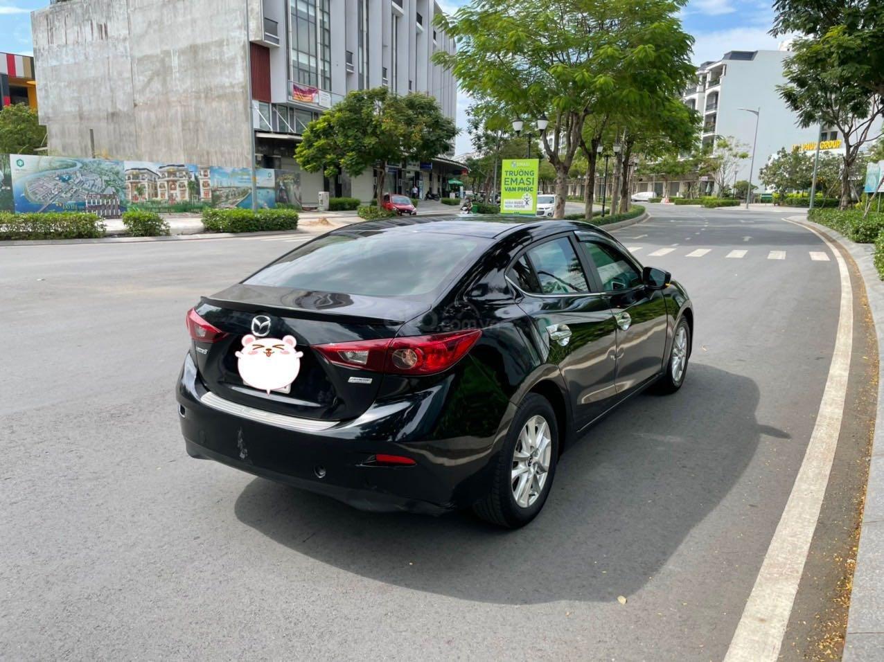 Cần bán xe Mazda 3 sản xuất 2018, màu đen xe gia đình giá chỉ 599 triệu đồng (6)