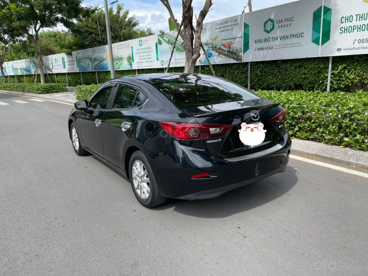 Cần bán xe Mazda 3 sản xuất 2018, màu đen xe gia đình giá chỉ 599 triệu đồng (7)