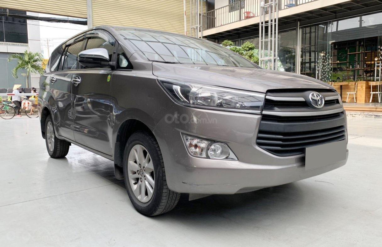 Bán xe Toyota Innova MT 2019 biển Sài Gòn (3)