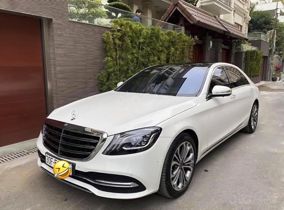 Bán Mercedes S class năm 2019, màu trắng còn mới (1)