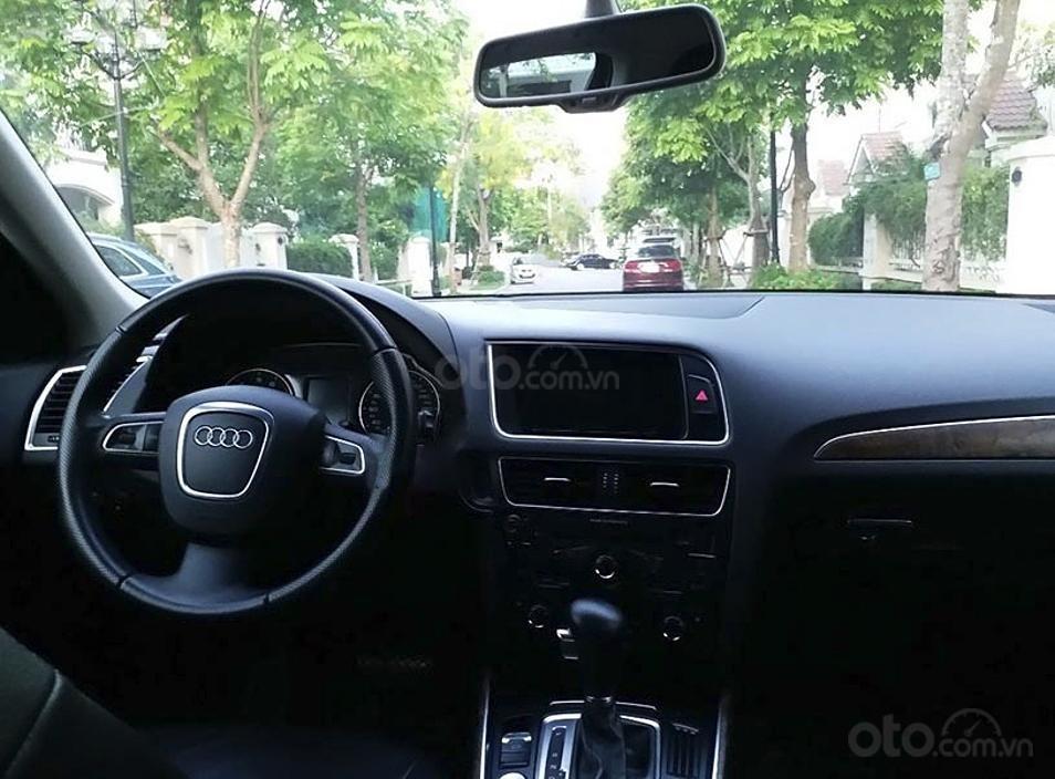 Bán Audi Q5 sản xuất năm 2011, màu đen, nhập khẩu nguyên chiếc còn mới (4)