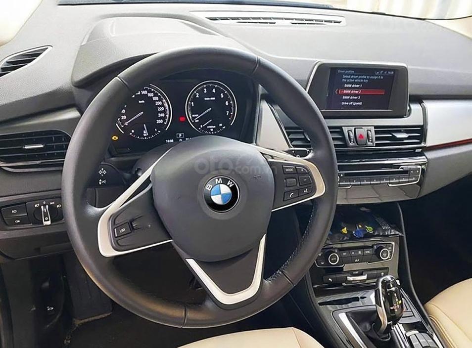 Cần bán BMW 2 Series sản xuất 2016, màu xanh lam, nhập khẩu còn mới (5)