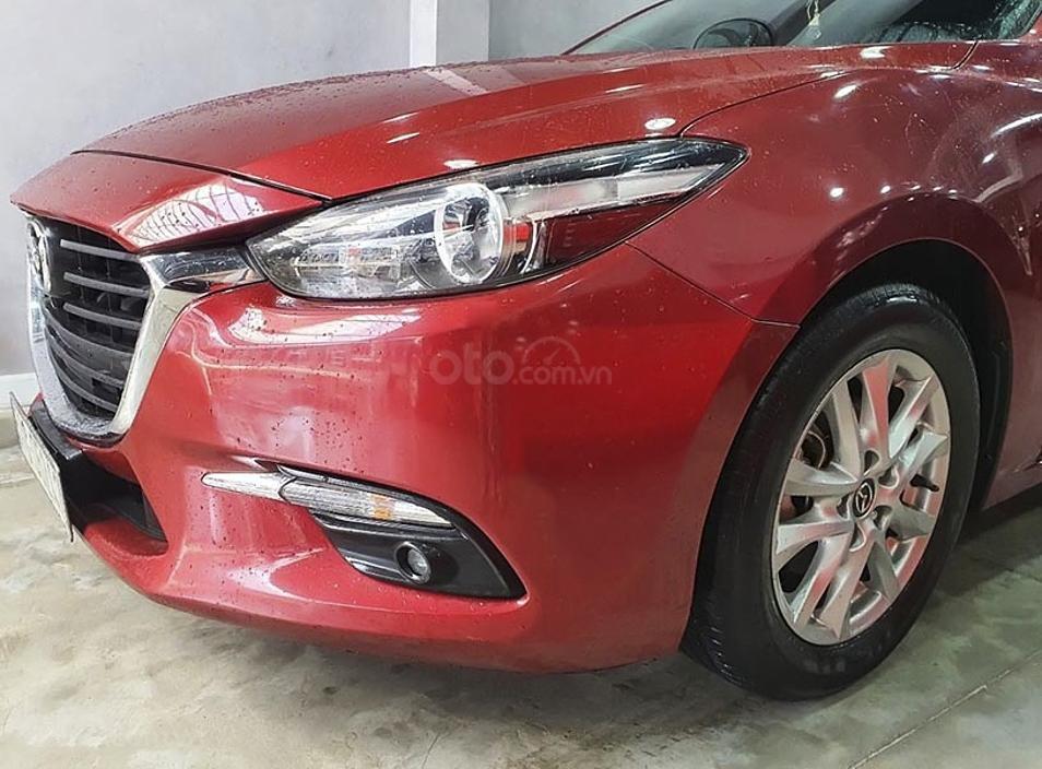 Cần bán gấp Mazda 3 năm sản xuất 2018, màu đỏ còn mới (2)