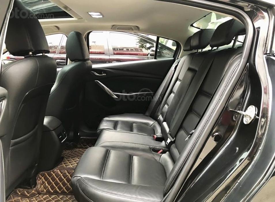 Bán Mazda 6 năm 2018, màu đen còn mới (4)