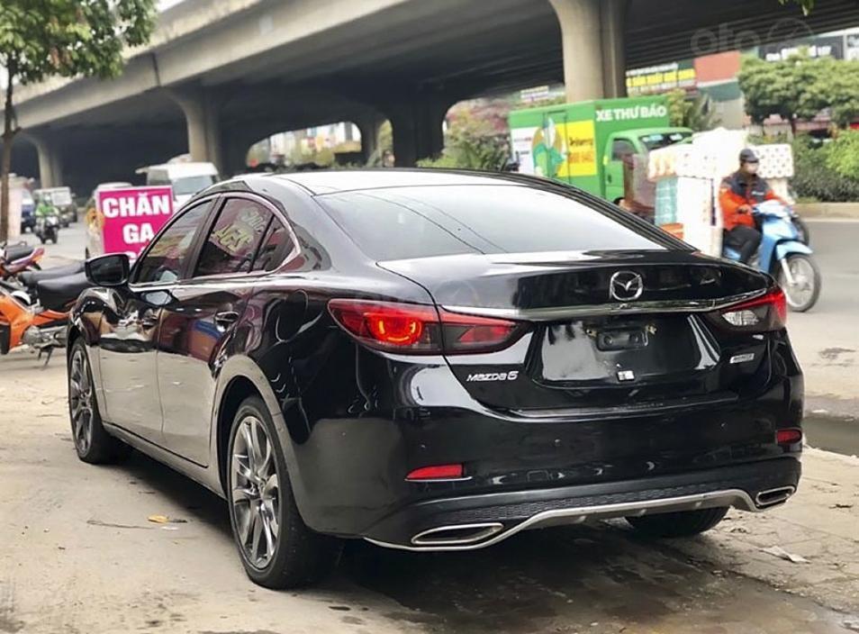 Bán Mazda 6 năm 2018, màu đen còn mới (5)