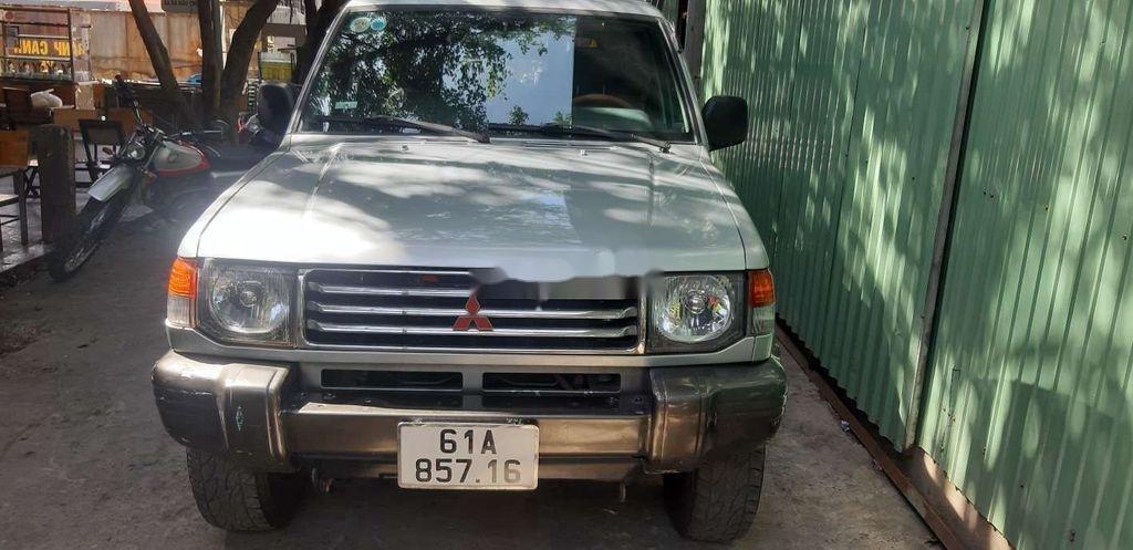 Cần bán xe Mitsubishi Pajero sản xuất 2000, xe nhập, giá 145tr (7)