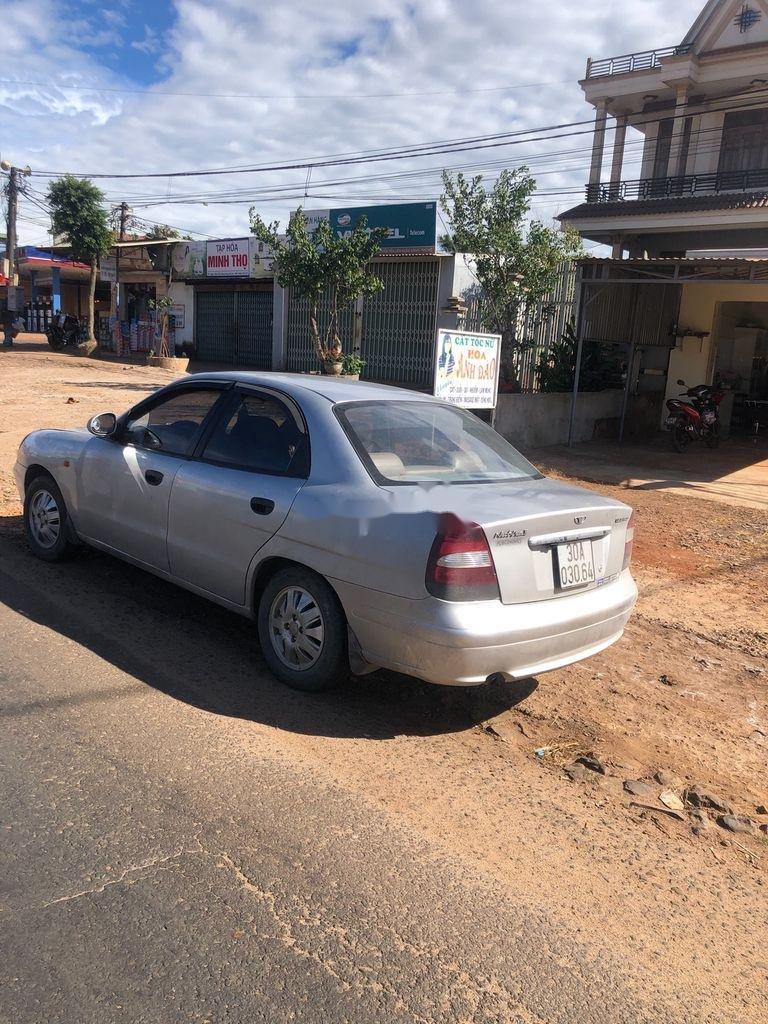 Cần bán lại xe Daewoo Nubira sản xuất 2002, màu bạc, nhập khẩu  (2)