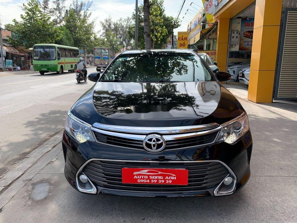 Cần bán xe Toyota Camry năm 2016, xe giá thấp (3)