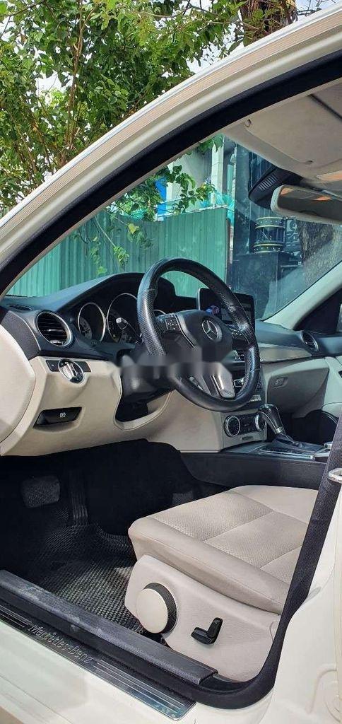 Cần bán gấp Mercedes C230 sản xuất năm 2011, xe nhập, 510 triệu (5)